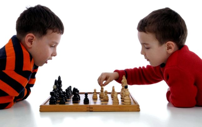 igra-v-shahmaty-dlja-nachinajushhih-detej_1.jpg