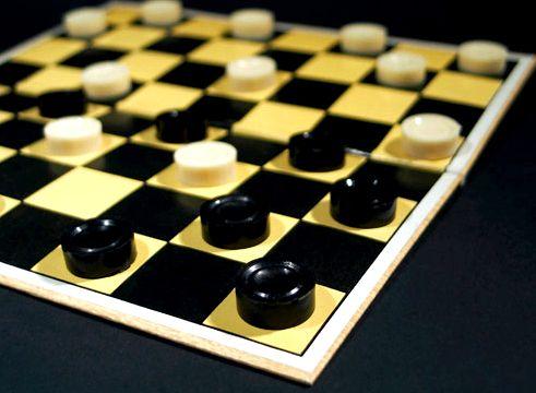 Русские шашки онлайн