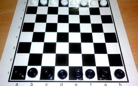 Играть в шашки чапаева