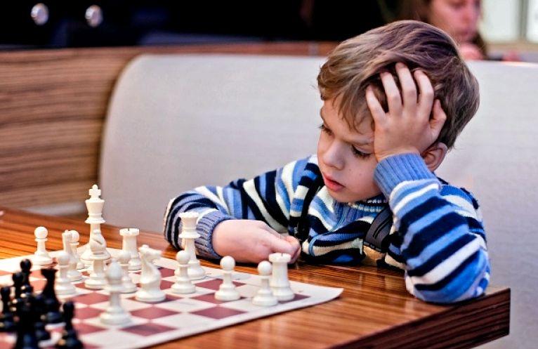Как научиться хорошо играть в шахматы
